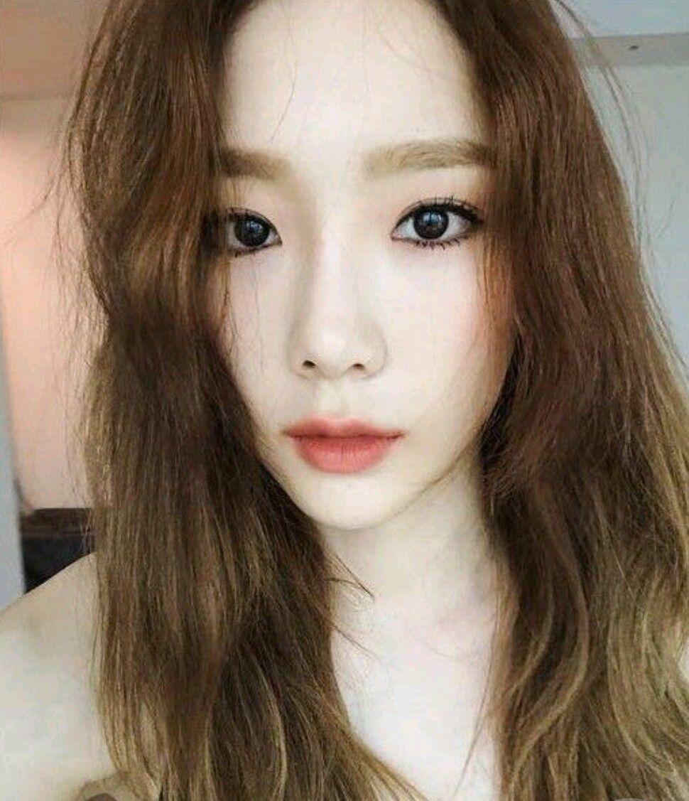 This 30 Year Old Girl O S On Fireeeeeee Gambar Kim Yoona