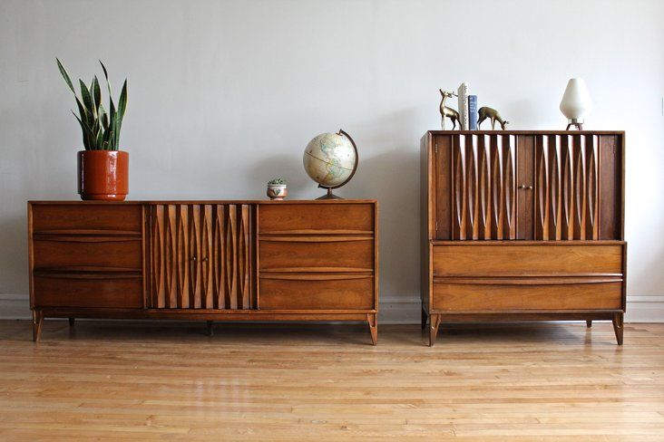 Matching Mcm Dressers Made By Thomasville Furniture Nine Drawer Dresser Credenza And Highboy Both Have Additional Drawers Hidden Behind Cabinet