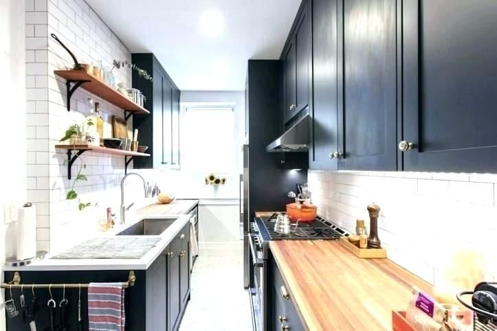 narrow kitchen ideas narrow kitchen ideas long narrow kitchen layout ideas galley kitchen nar... #longnarrowkitchen Cramped and dark kitchen can make us think low, whereas walking right into a lighter, brighter space can instantly lift ... #galleykitchenlayouts