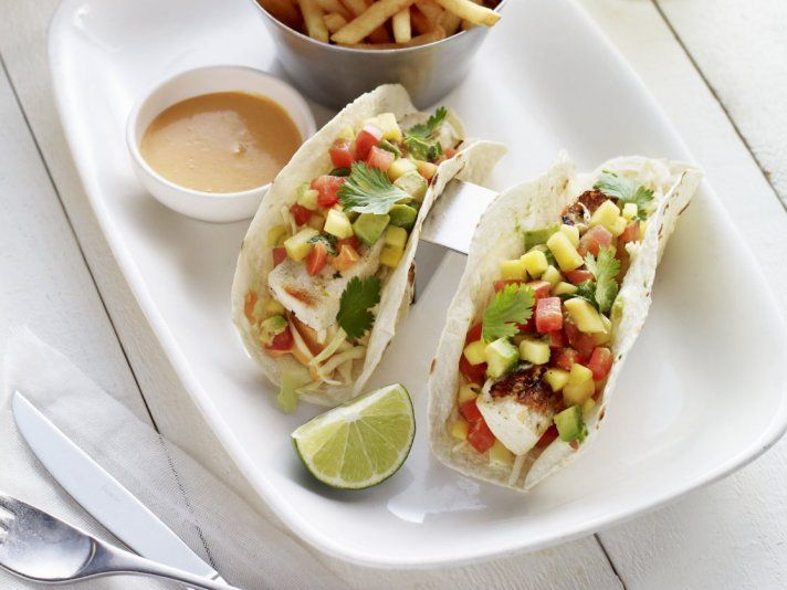 Dominical fish taco recipe earls the dip dressing is for Fish taco dressing