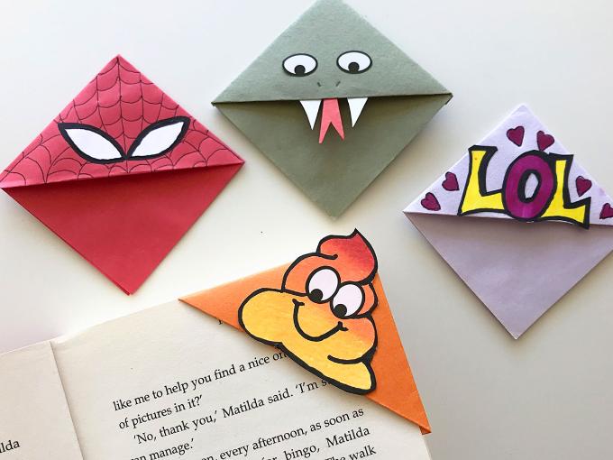 Bookmark Origami