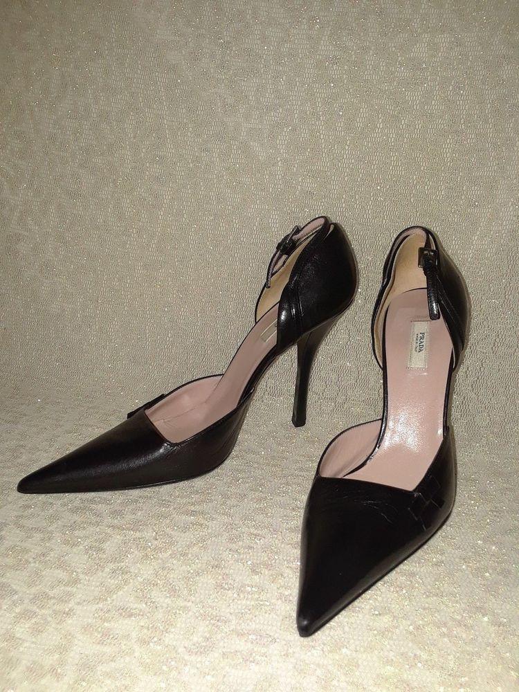 b3af11c2c8b6 Prada Black Leather pointed toe pumps Size 37.5 ( 7 US ).  fashion ...