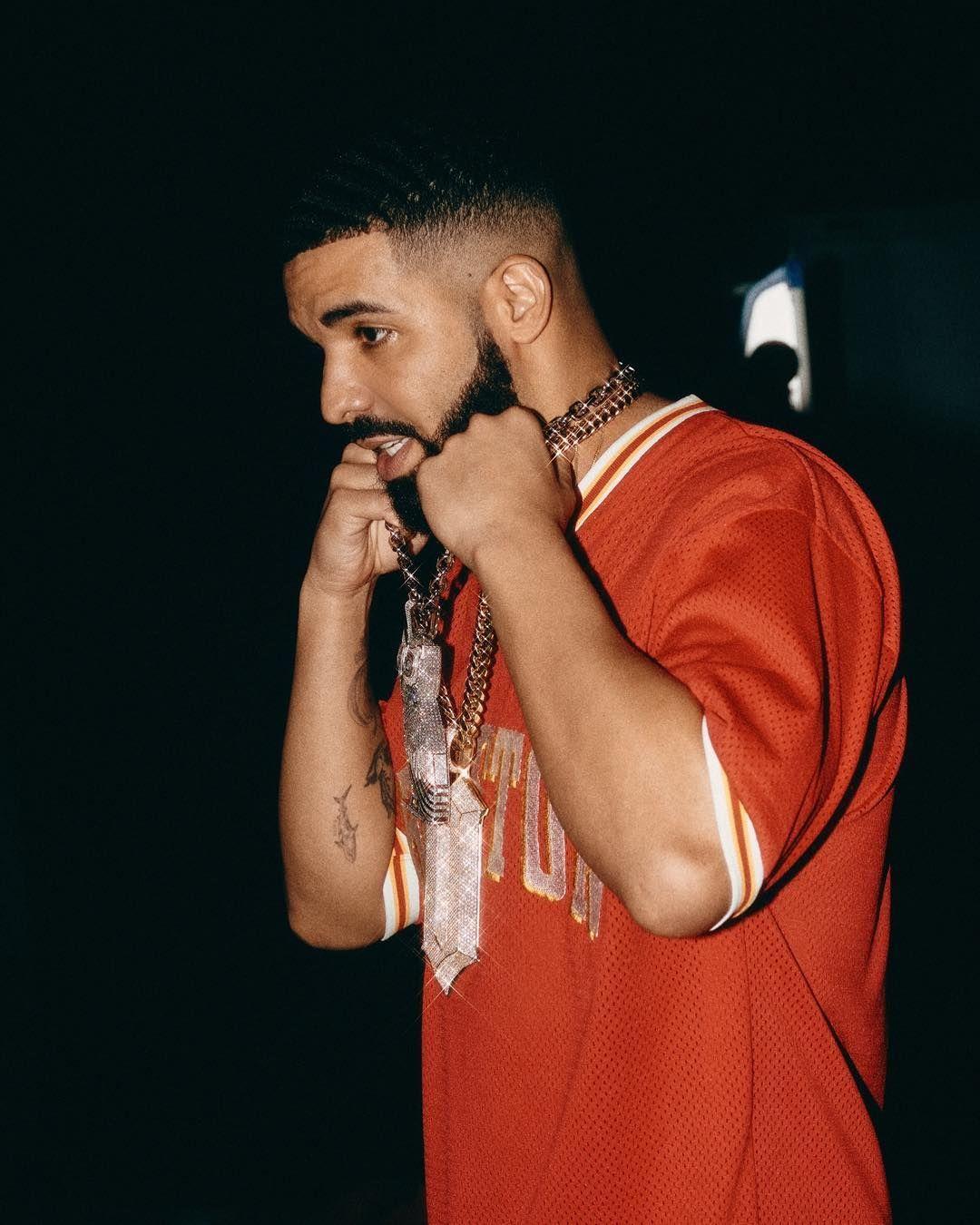 "champagnepapi on Instagram ""🤟🏽"" Drake rapper, Drake"