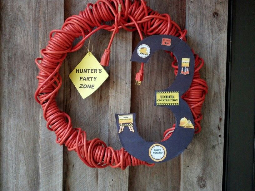 Construction party wreath
