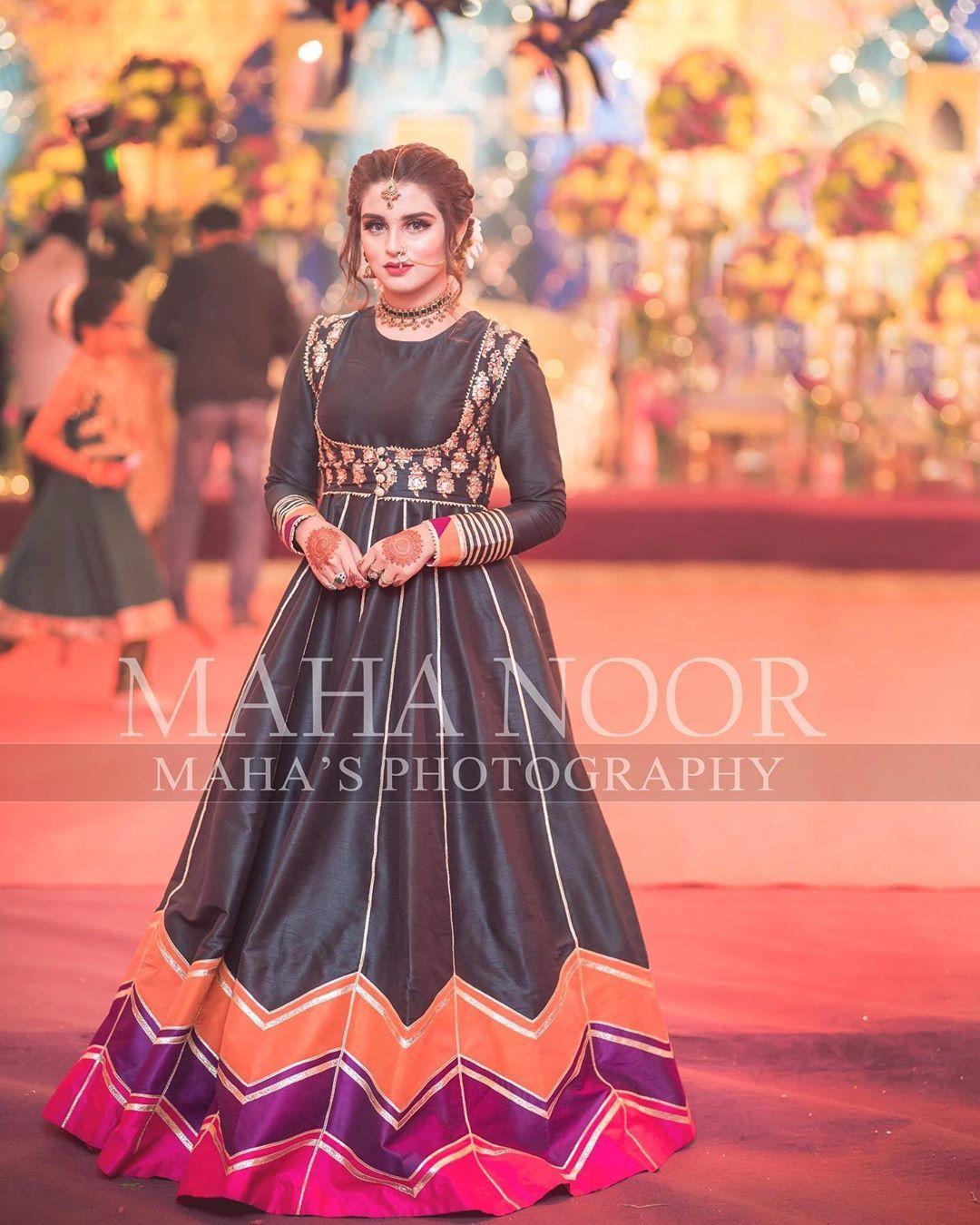 15 1k Likes 15 Comments Maha Wajahat Khan Mahasphotographyofficial On Ins Pakistani Fashion Party Wear Womens Trendy Dresses Pakistani Party Wear Dresses