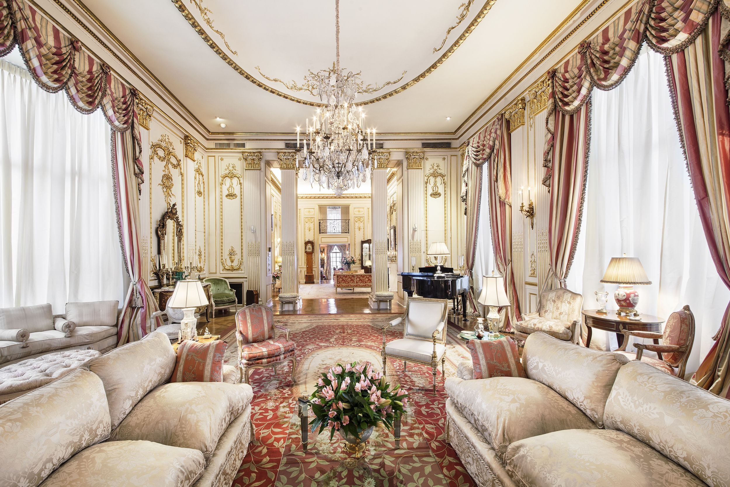 Joan Rivers 39 Fifth Avenue 39 Palace 39 Sells For 28 Million