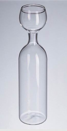 This genius wine glass has made its way to the top of my Christmas list. Friends and family - please take note
