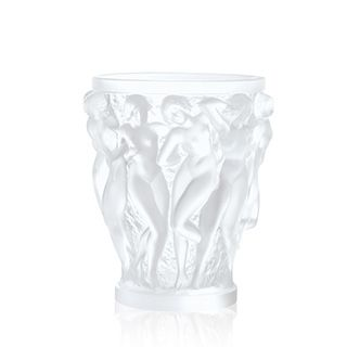 Bagatelle vase, Lalique crystal vase, discover all Lalique vases and other Lalique decorative items at lalique.com