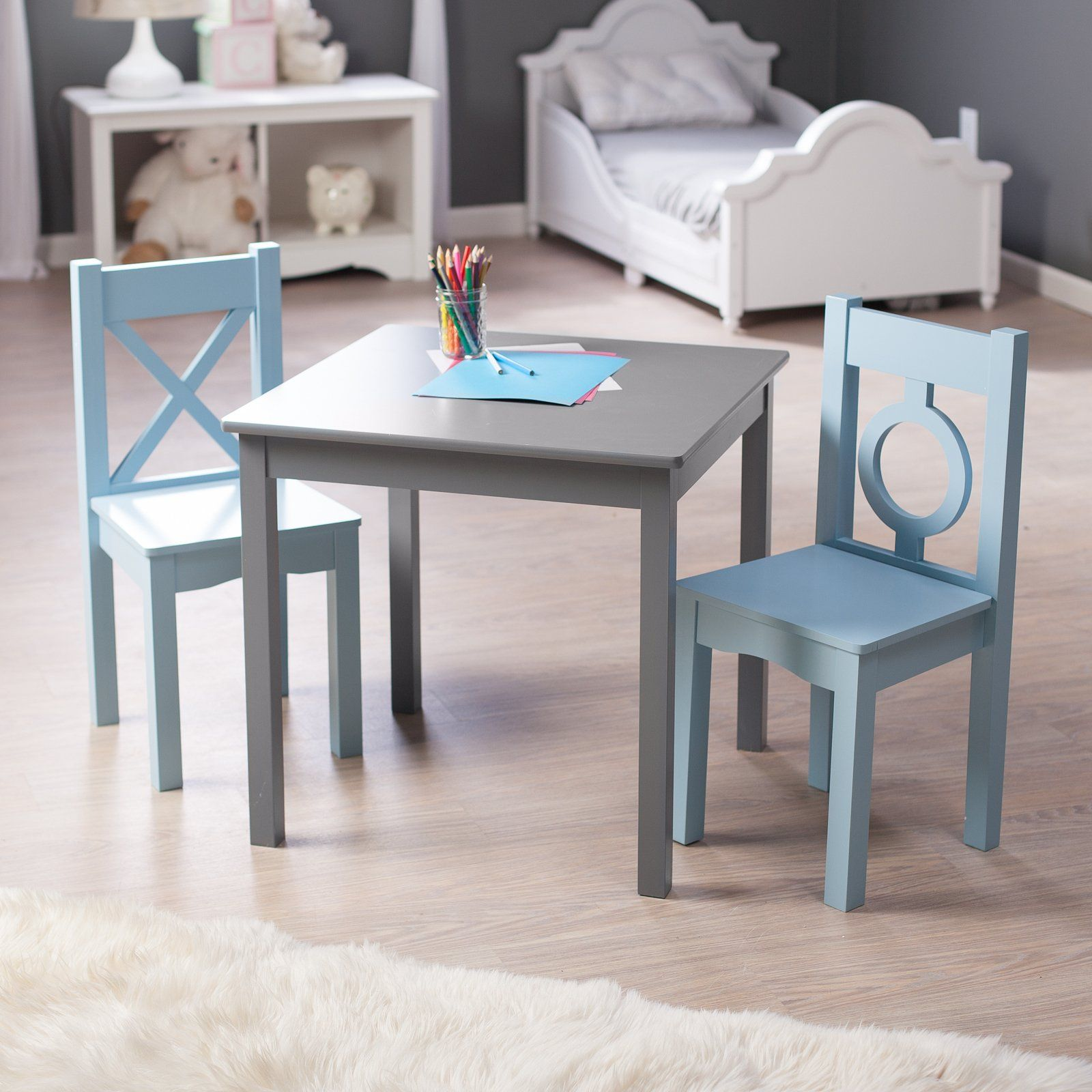 Lipper Hugs And Kisses Table 2 Chair Set Gray