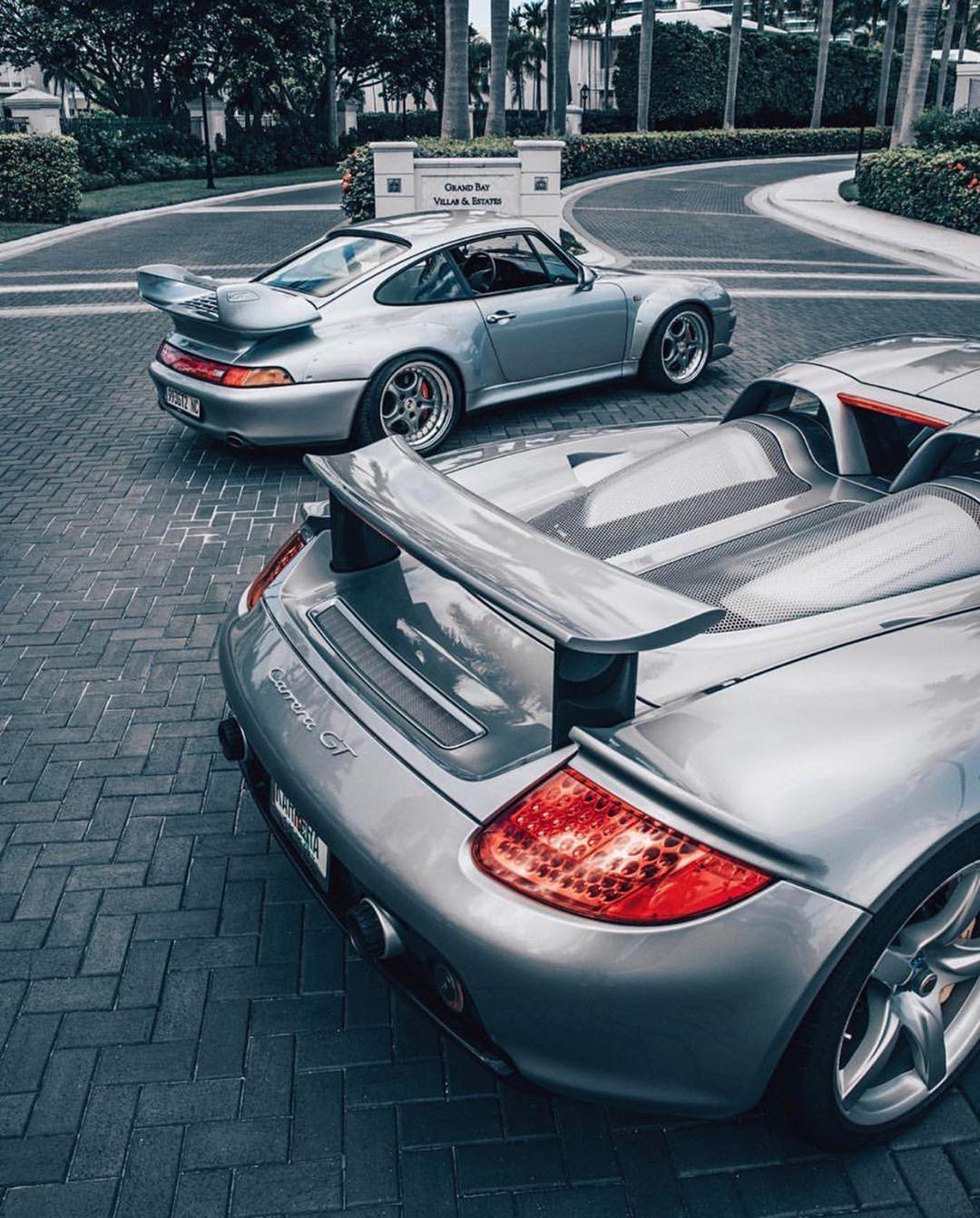 993 Gt2 Or Carrera Gt By Instaexotics Porsche Porsche911 911 964 993 930 996 Carreragt порше ポルシェ カレラ Porsche 911 Porsche Classic Porsche
