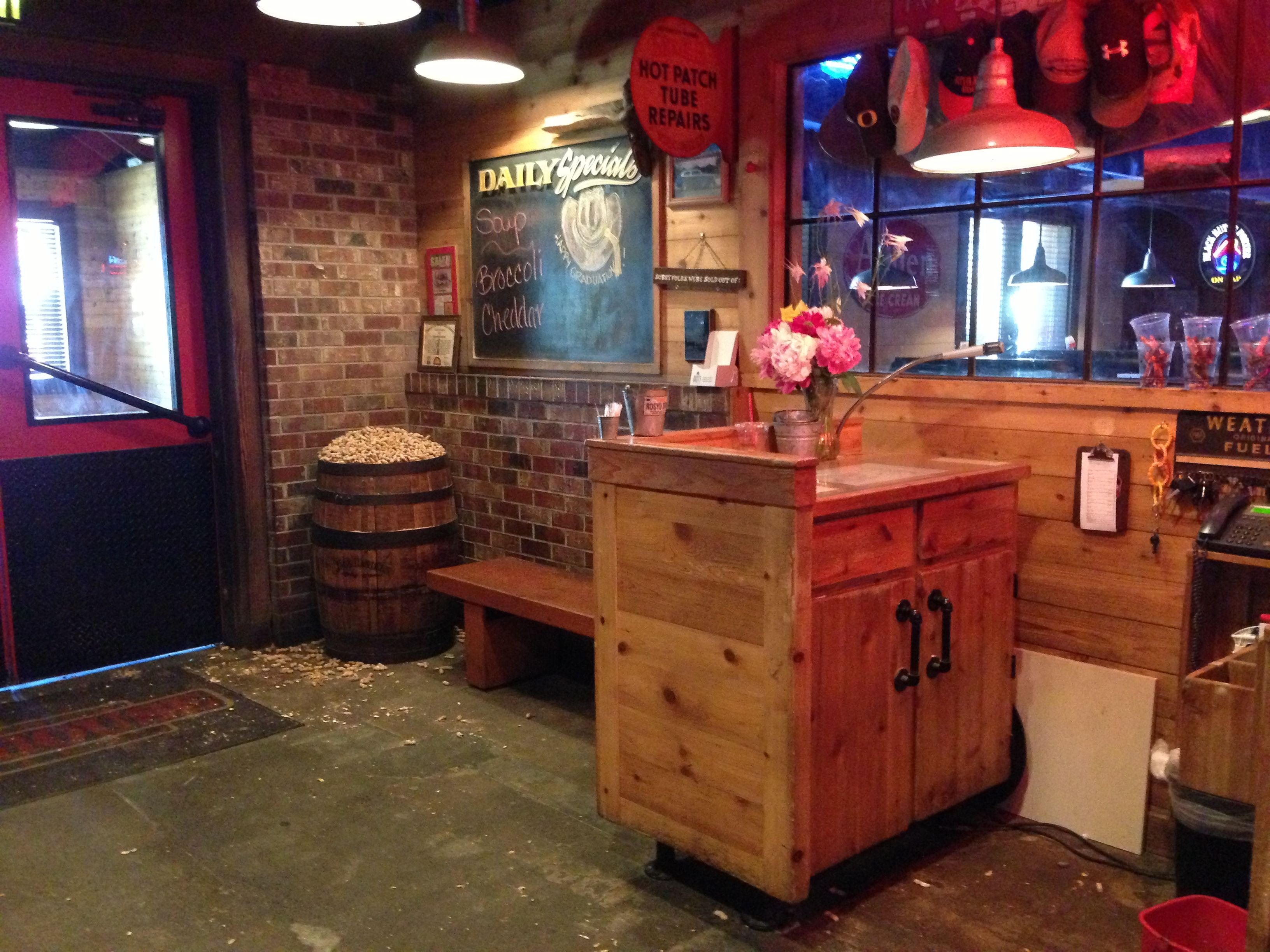 Medford #Oregon #Dining #RoadHouse #Steak | Dining - Rogue Valley ...