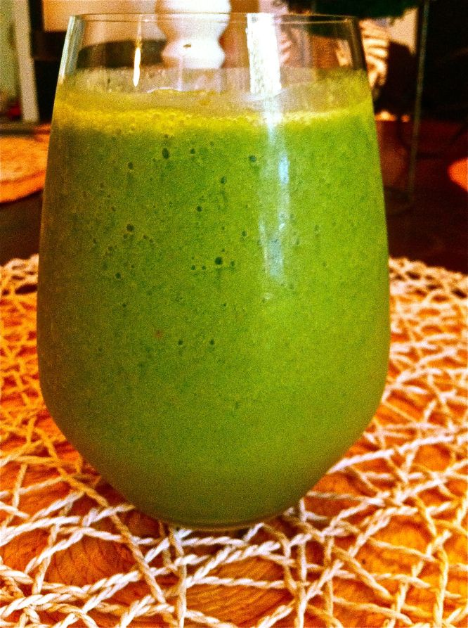 Haute + Healthy Glamorous Green Smoothie