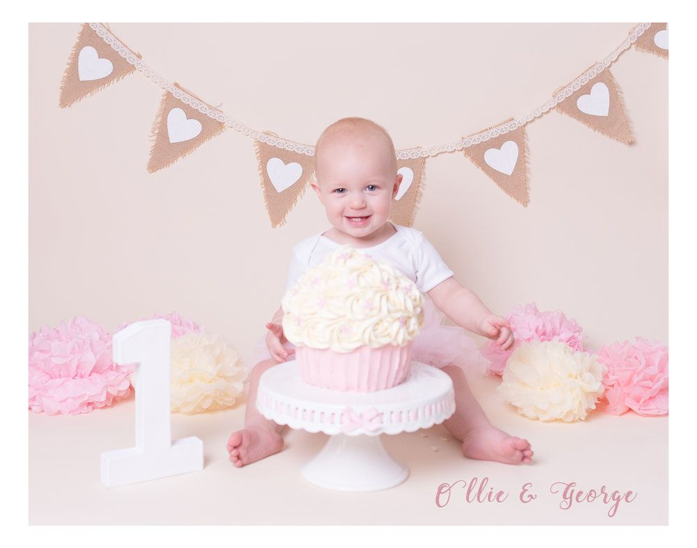 Blackburn cake smash photo shoot lancashire baby