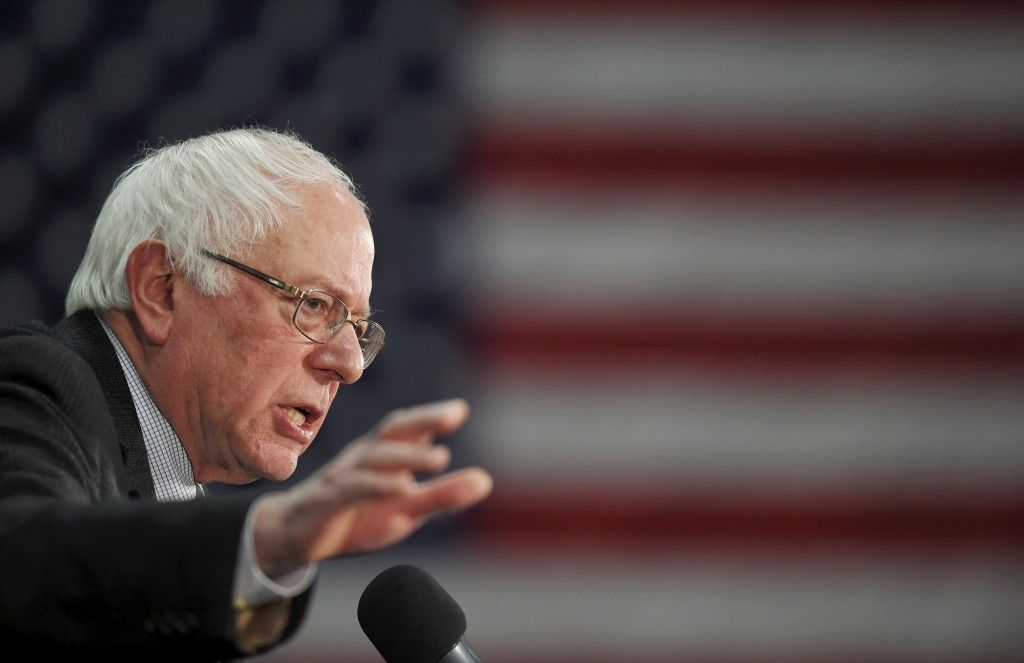 What Does Bernie Sanders Believe Where The Candidate Stands On 10 Issues Bernie Sanders Bernie Sanders For President Candidate