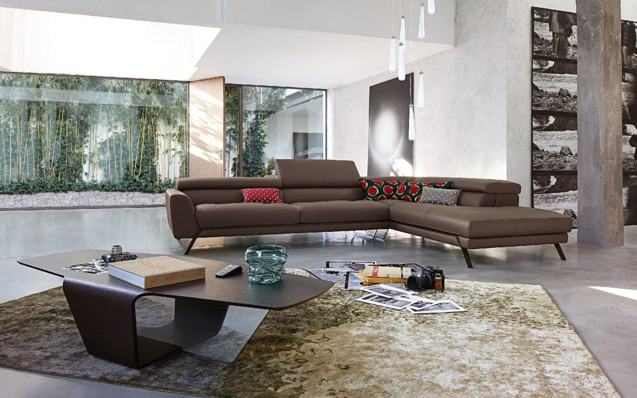 Astoria sofa astoria sofa design sacha lakic roche for Canape roche bobois cuir