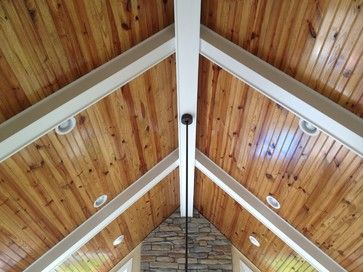 Pine beams in ceiling family room pine ceiling design for Natural wood beams