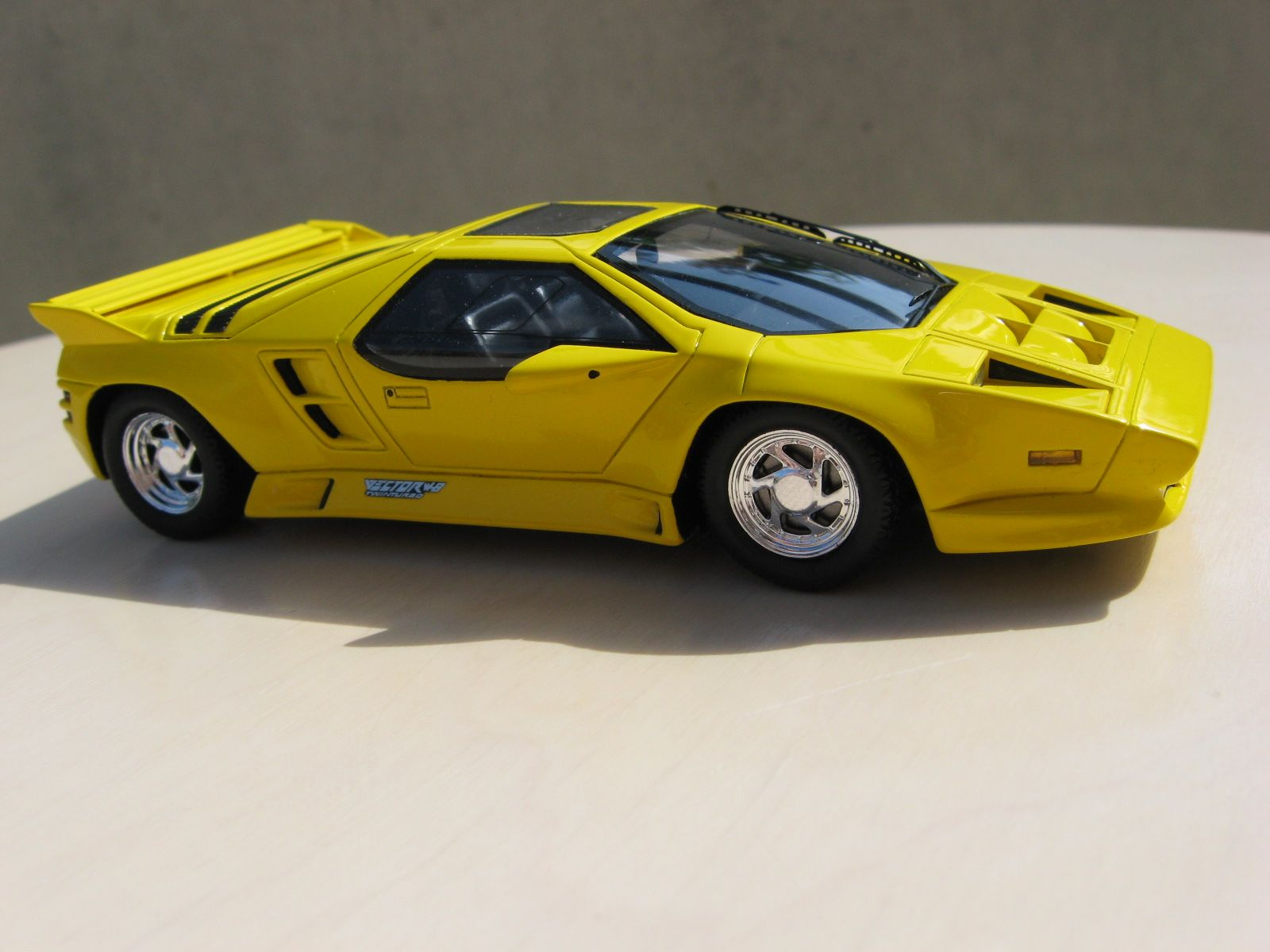 Vector W8 Spark 1 43 Scale Models Cars Car Model Toy Car