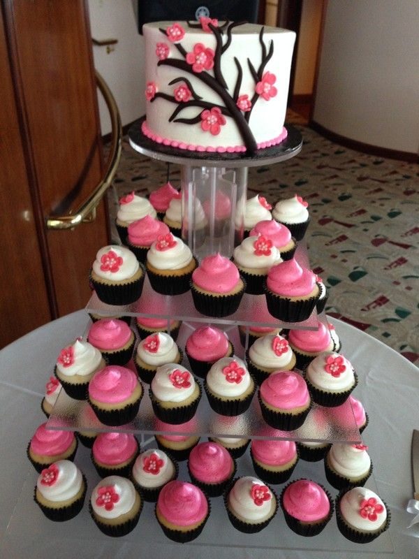 maui wedding cakes hawaii cake bakers pink and white wedding cake and cupcakes with