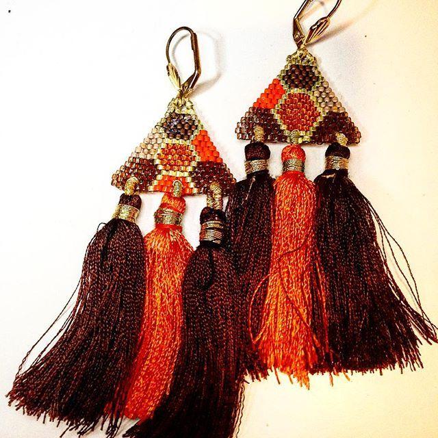 #brickstitch #chickenwire #delicas #earrings #perles #satindelicas #silkdelicas #miyukidelicas #miyuki #tassel