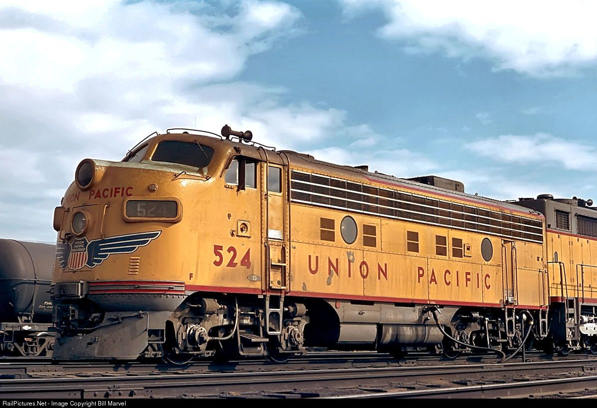 Train to colorado from pa - Net Photo 524 Union Pacific Emd At Denver Colorado By Bill Marvel