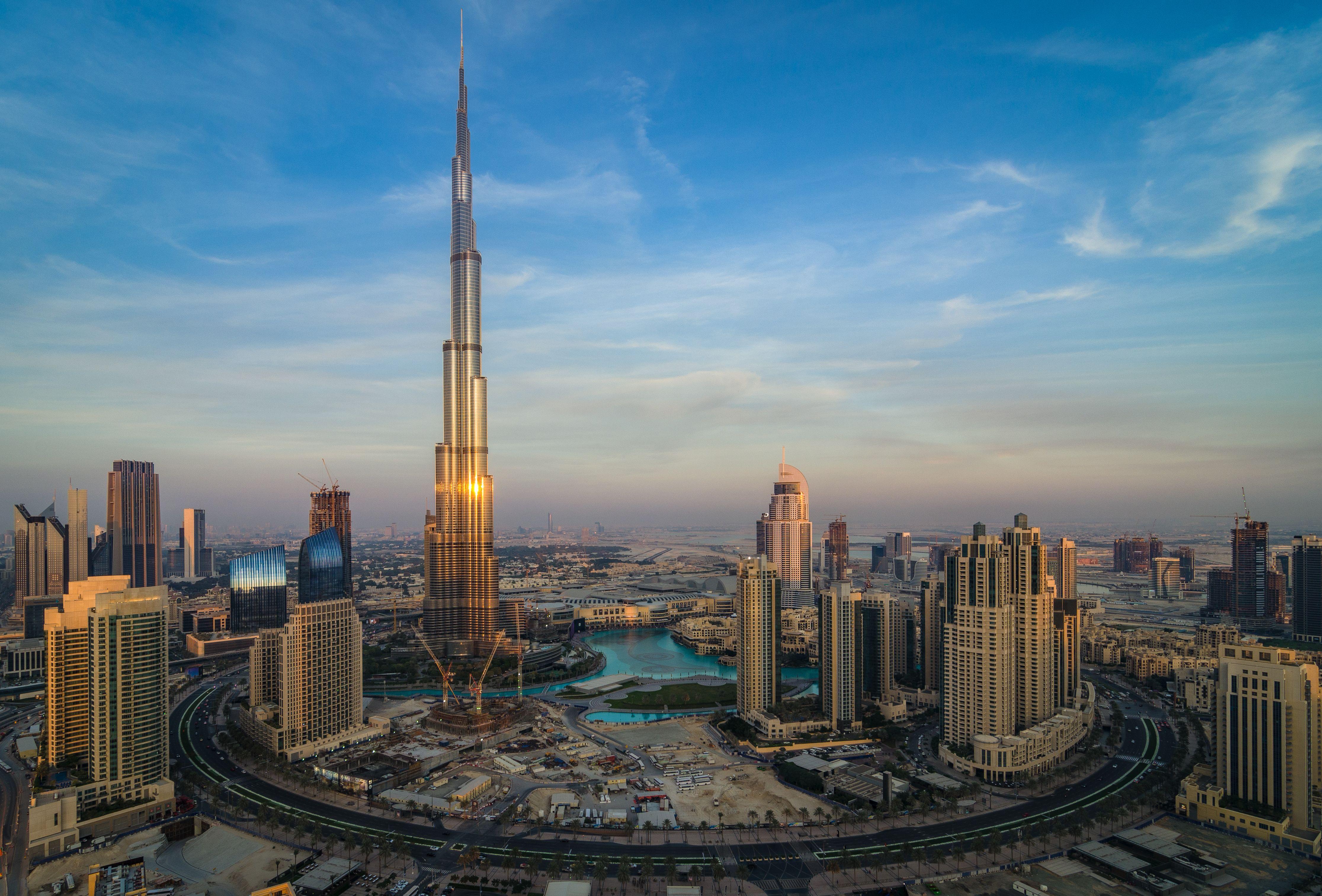 el imponente burj khalifa el edificio ms alto del mundo esta en dubai