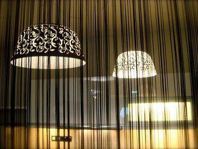 #Flecos negros #Decorar con flecos #Fringe string curtains Ideas para #decorar con flecos #Fringe #string #curtains #design