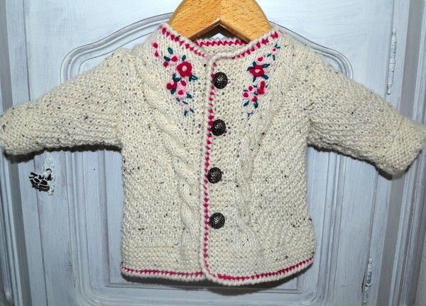 BABY TRACHTEN JACKE Strickanleitung für eine hübsche Jacke mit ...