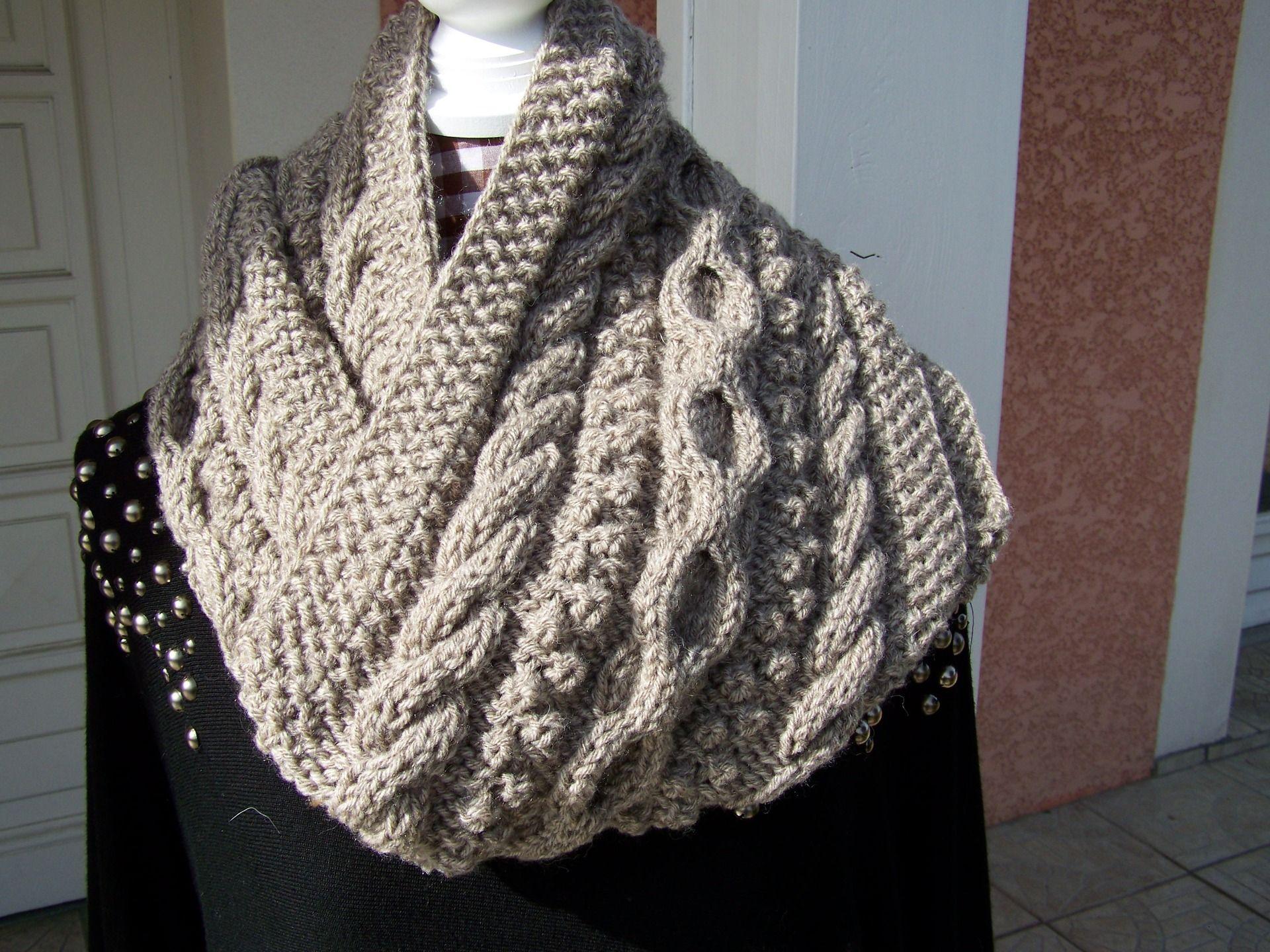 6fcb6ae98f18 Echarpe snood femme laine - Idée pour s habiller