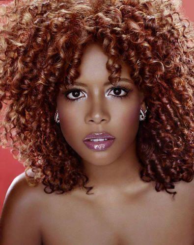 Kelis, Puerto Rican recording artist.  Read more: http://www.latina.com/entertainment/music/best-afro-latino-musicians#ixzz2saCCGsjb  Follow us: @Mercedes Hammer on Twitter | latinamagazine on Facebook