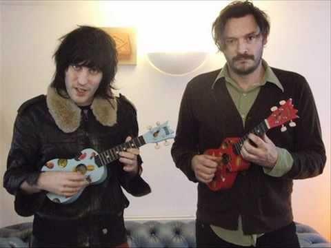 The Mighty Boosh - Breezeblock session 23/11/04 - YouTube