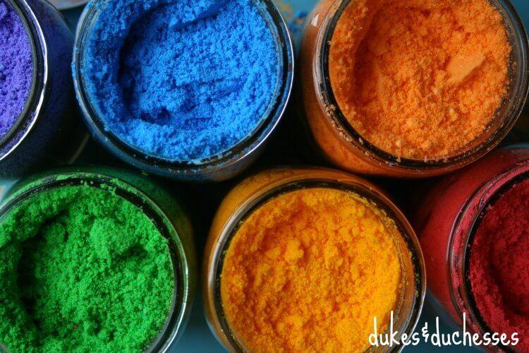 DIY color powder for color fight