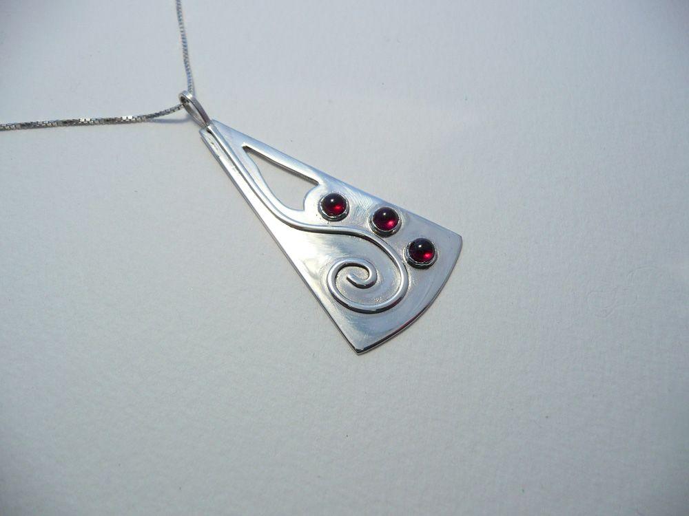 Silver pendant with garnets - Art Jewelry Magazine - Jewelry ...