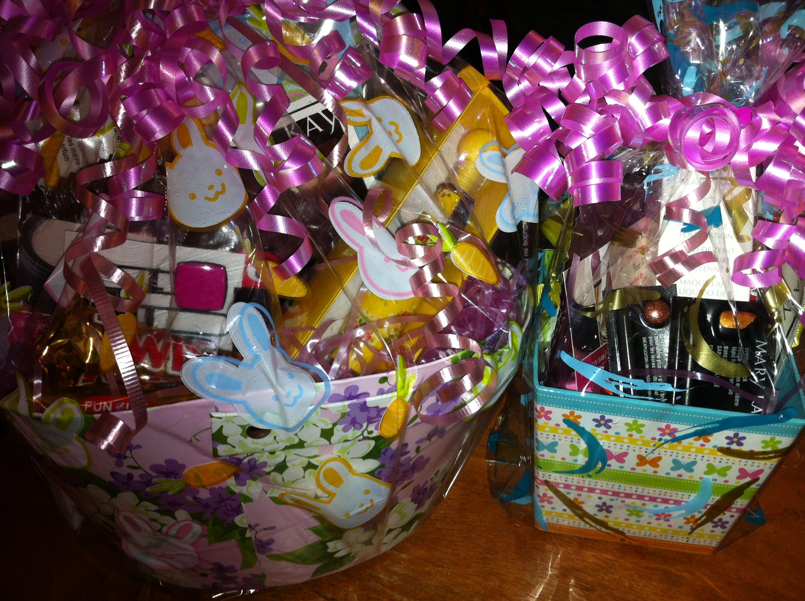 Motherus Day Gift BasketCustom made gift baskets to fit any
