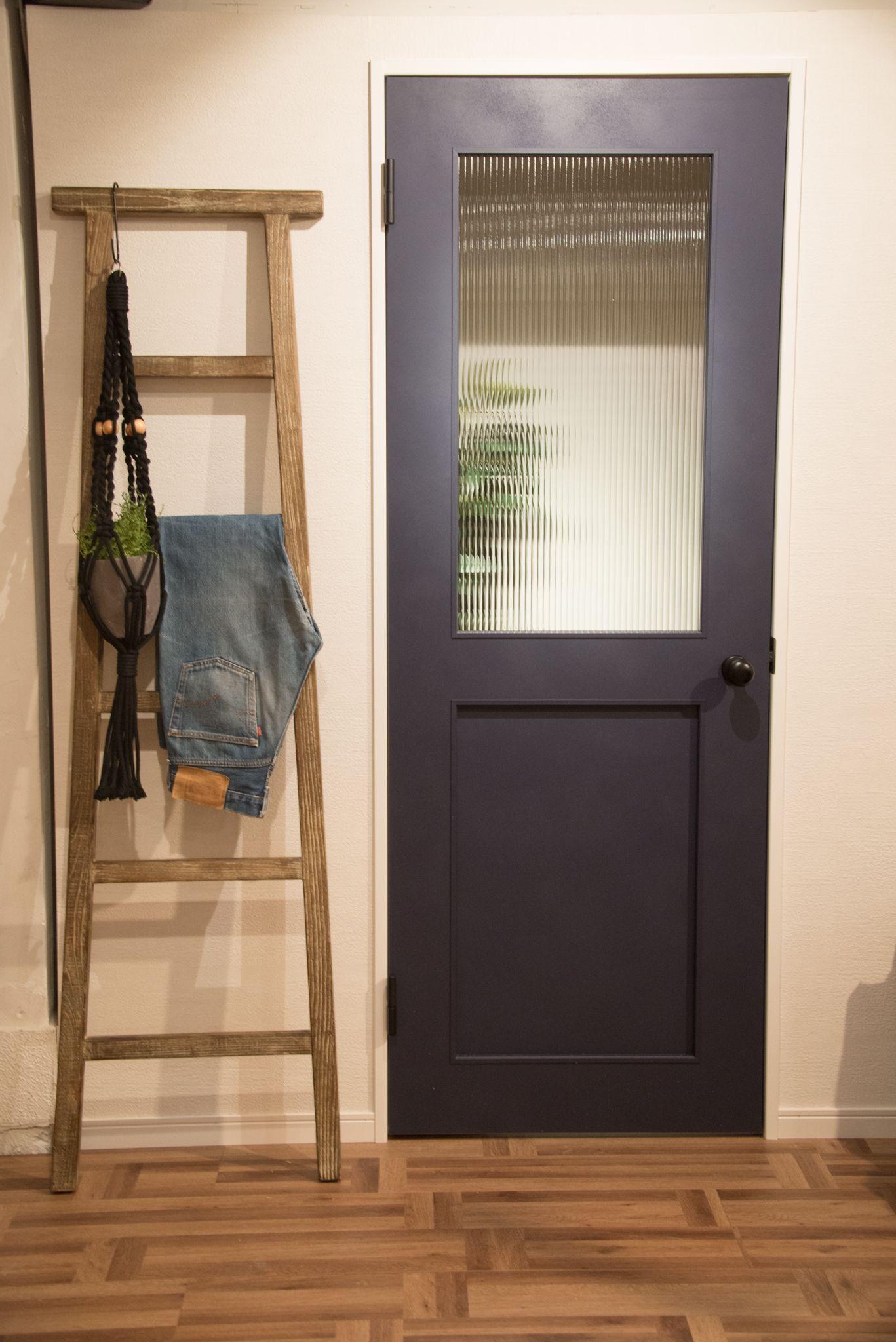 こういうドアが欲しかった ヴィンテージだけど最先端 インダストリアルスタイルにぴったりのドアが登場 Pr By Lixil 室内ドア リノベーション ドア モダンハウスデザイン