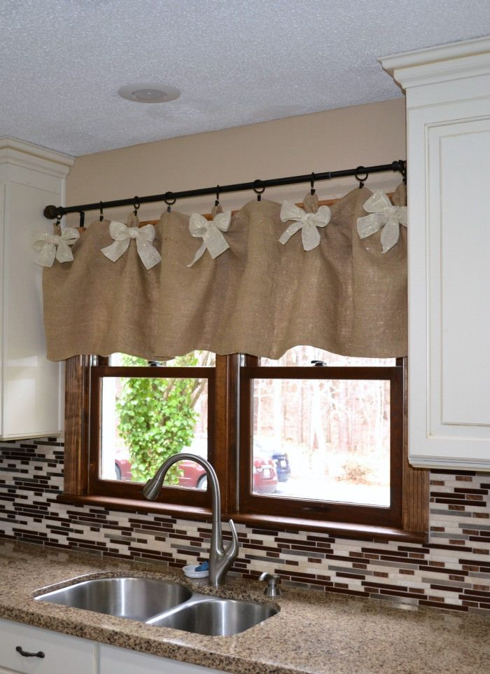 We Made These Easy Affordable Diy Kitchen Window Valances Using Fabric From Hobby Lobby No Sew Valance Or The Choice Is Yours