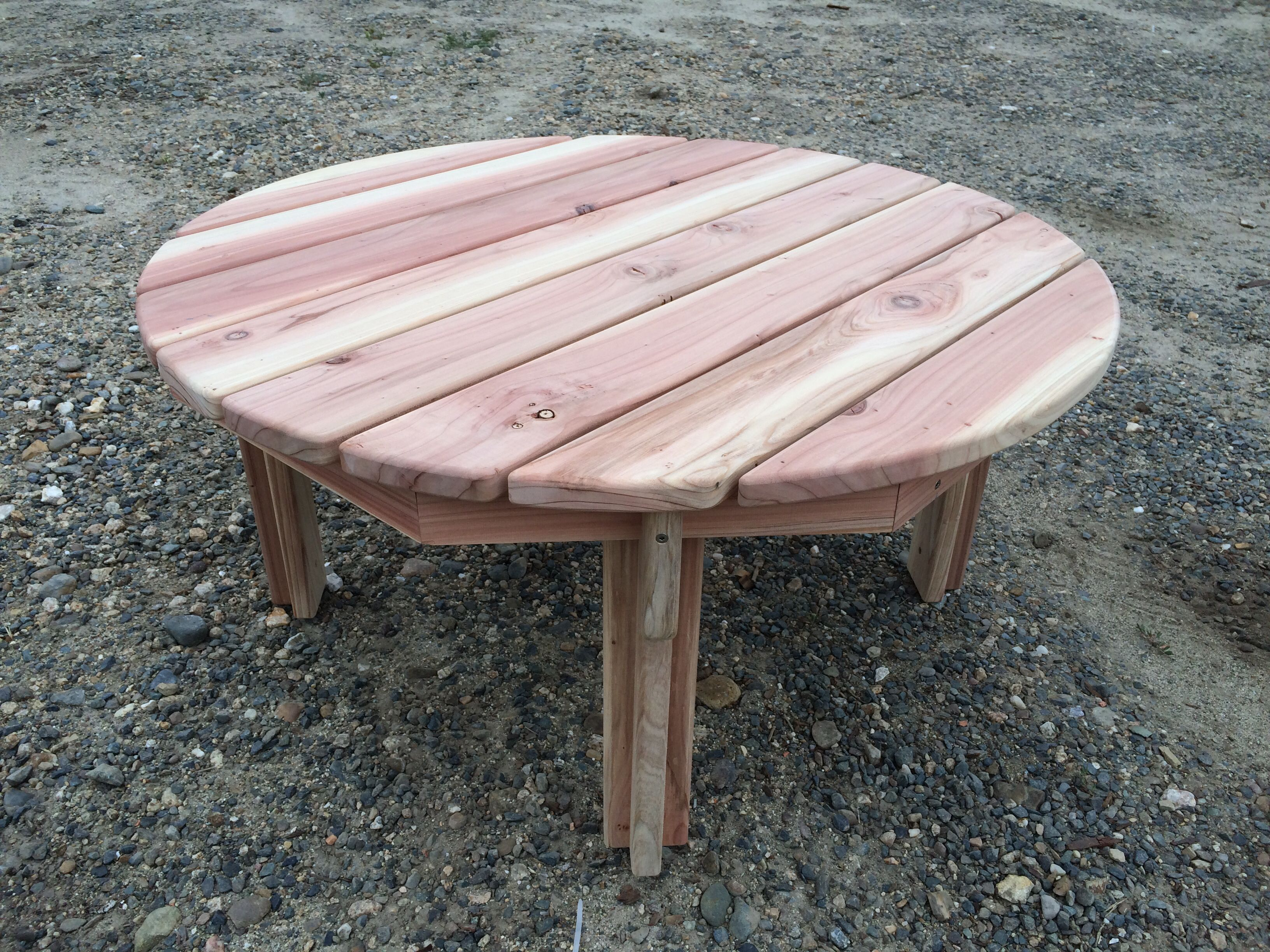 Knotthead Custom Sawing Fabworx 36 Round Redwood Adirondack Coffee Table Hand Made By Us Has The Same Styling As Our Cha Adirondack Furniture Types Of Wood Furniture Making [ 2448 x 3264 Pixel ]