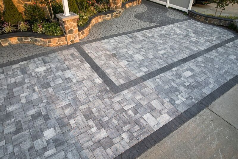 Create Your Own Twist To Driveway With Cambridge Pavingstones And Armor Tec Installation Gmx Landscaping
