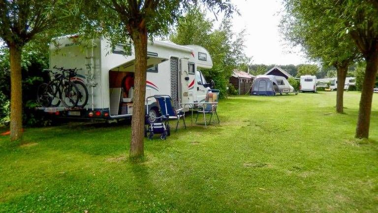 Svr Niederlande Private Ubernachtungsmoglichkeiten Fur Camper Ubernachtungsmoglichkeiten Camping Niederlande