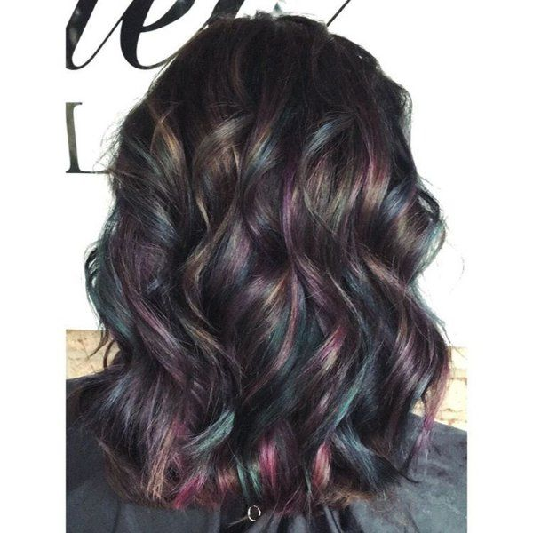 Black Hair With Highlights Blonde Red Brown Caramel Blue And Purple Hints For A Stunning Look Black Hair With Highlights Hair Highlights Oil Slick Hair
