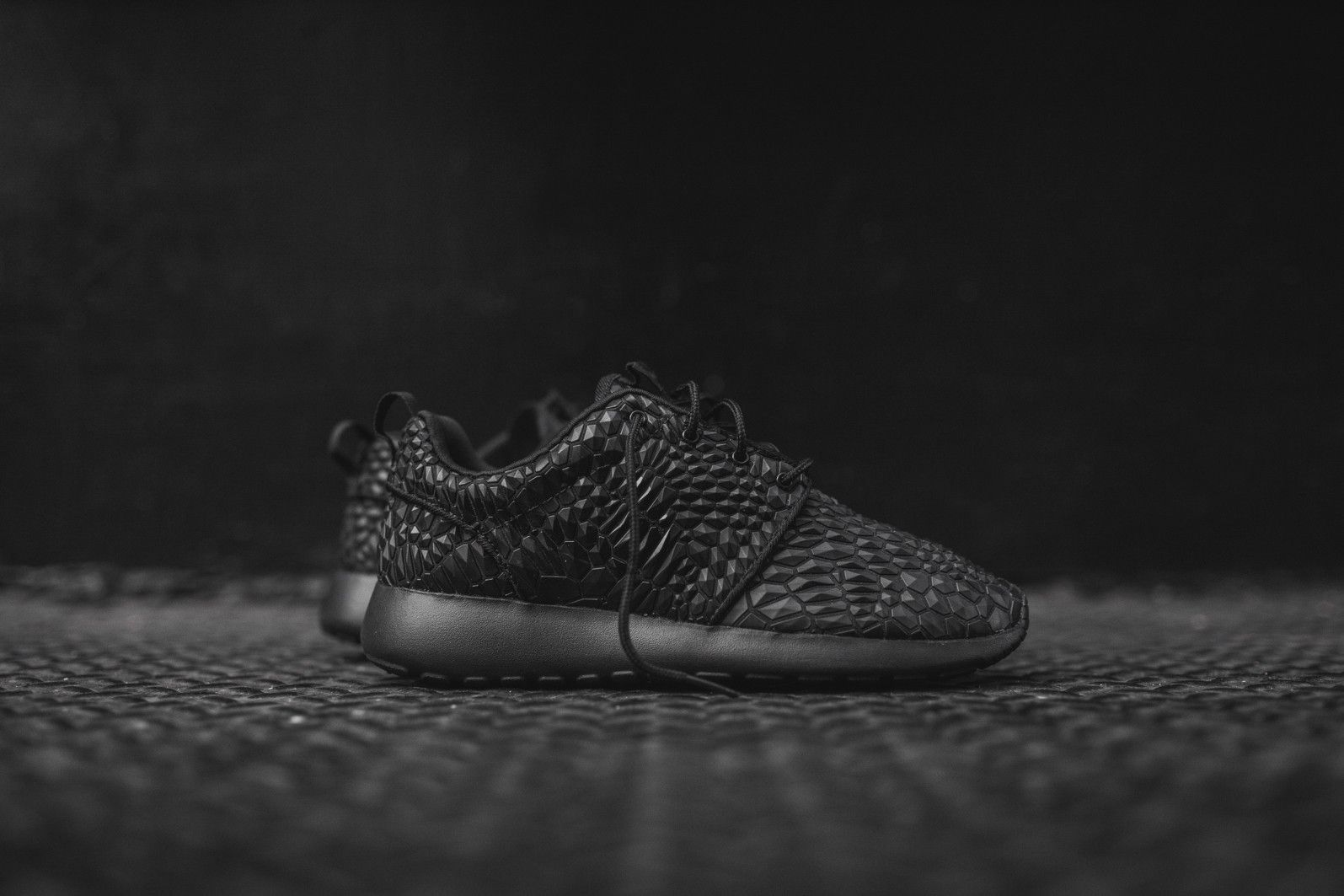 Nike WMNS Roshe One DMB - Triple Black