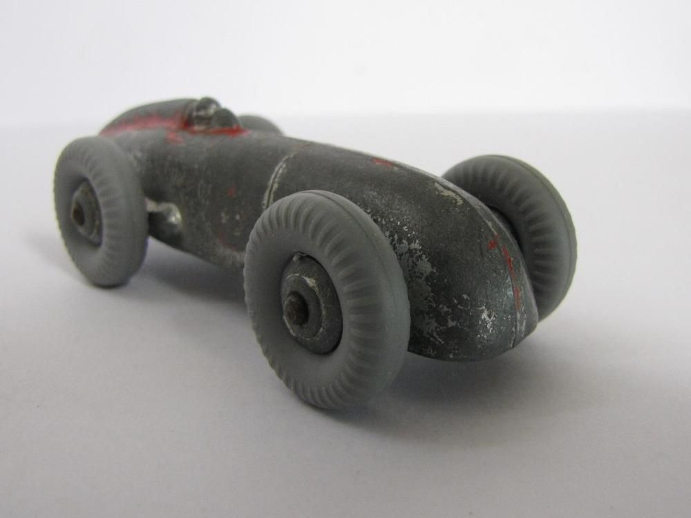 COLLECTIBLE DIE CAST Barn Find 1930 S STREAMLINE AREO Body Racer Dinky Toy Car