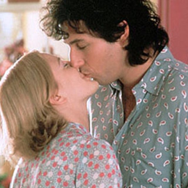 The Wedding Singer....perfect First Kiss. Drew Barrymore
