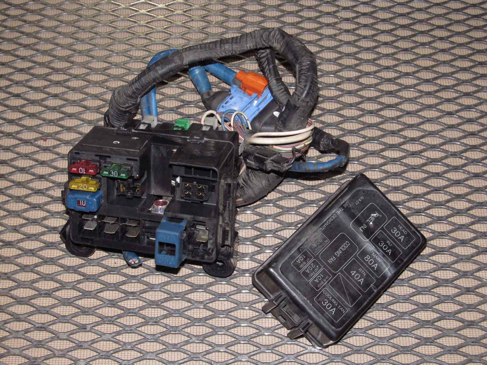 mazda miata 5 fuse box diagram wiring library90 91 92 93 mazda miata oem engine fuse [ 1600 x 1200 Pixel ]