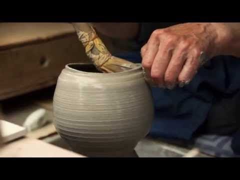 5a363945b ... makes at ~ 3 00 - His spout is kinda interesting also -  Kyoto-Shimizuyaki The Art of Kyoto s Craftsmanship Kyoyaki   Kiyomizuyaki   Kyoto Pottery-YouTube