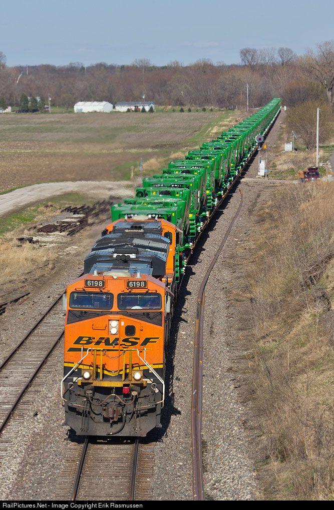 RailPictures Net Photo: BNSF 6198 BNSF Railway GE ES44AC at