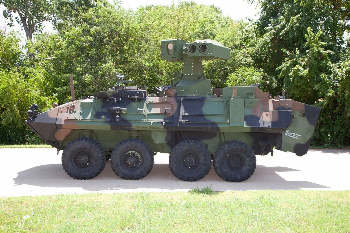 New U S Marine Corps Light Armored Vehicle Anti Tank Lav At Weapon System From Raytheon Company Military Military Vehicles Tanks Military