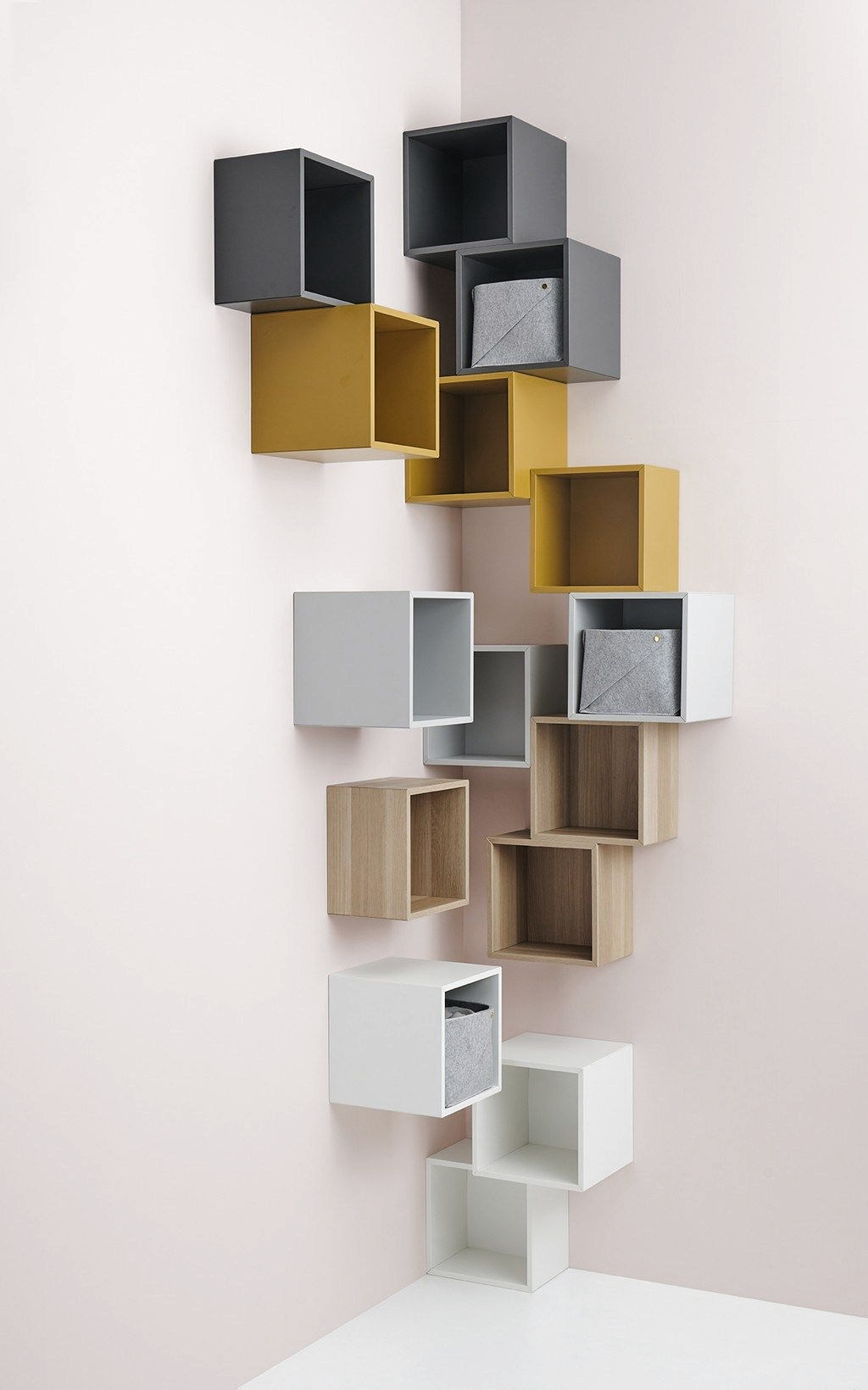 Les Premieres Images Du Catalogue Ikea 2020 Edition Daout Planete Deco A Homes World In 2020 Eket Ikea Living Room Decor