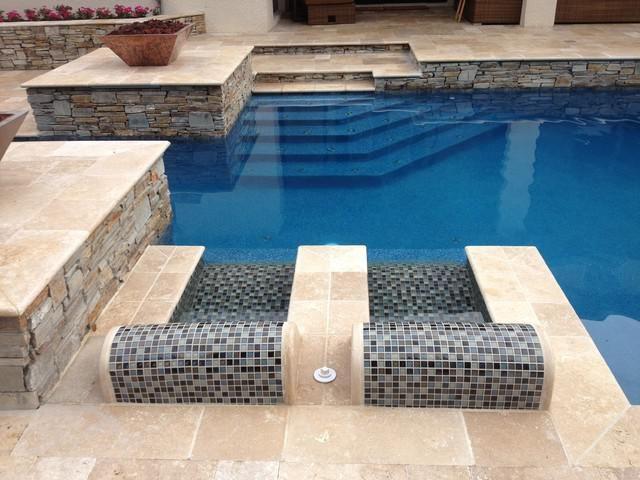 Built In Lounge Chair Pool Pool Backyard Pool Outdoor Pavers