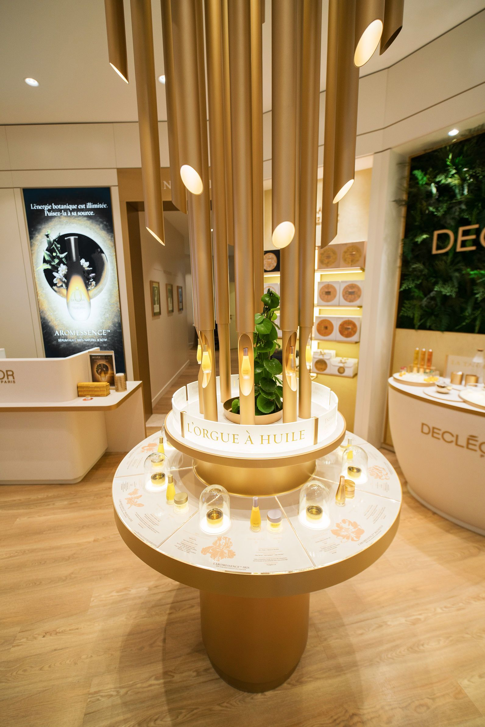 Decl Or Flagship Boutique Institute Spa Paris Fragrance Natural Skincare