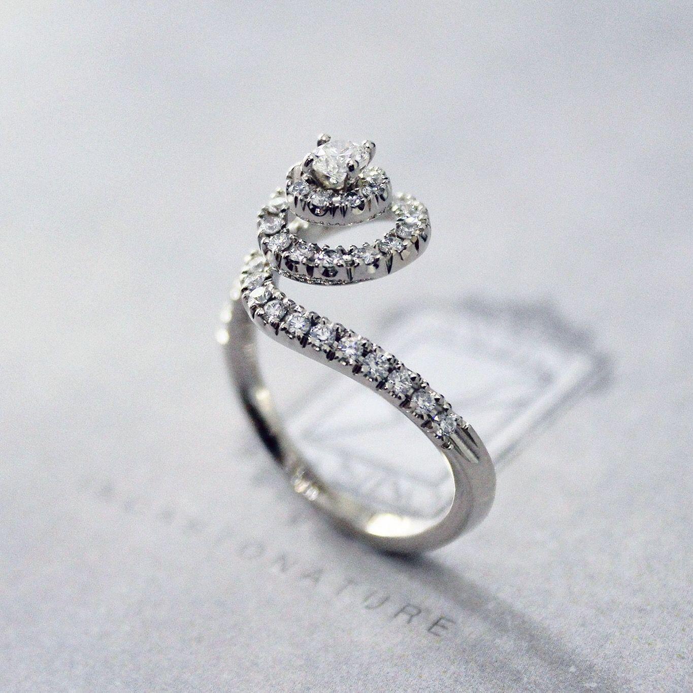 Gemstone Strict 18ct Oro Giallo Colombiana Smeraldo E Diamante Anello A Grappolo